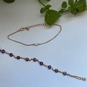 GORGEOUS Set of 2 Delicate Bracelets